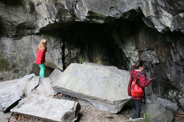 Bärenhöhle - Wandern mit Kindern